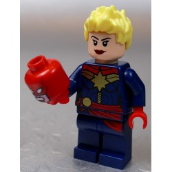 LEGO Figurka LEGO SUPER HEROES CAPTAIN MARVEL