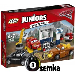 LEGO JUNIORS AUTA CARS JUNIORS 10743 WARSZTAT SMOKEY'EGO